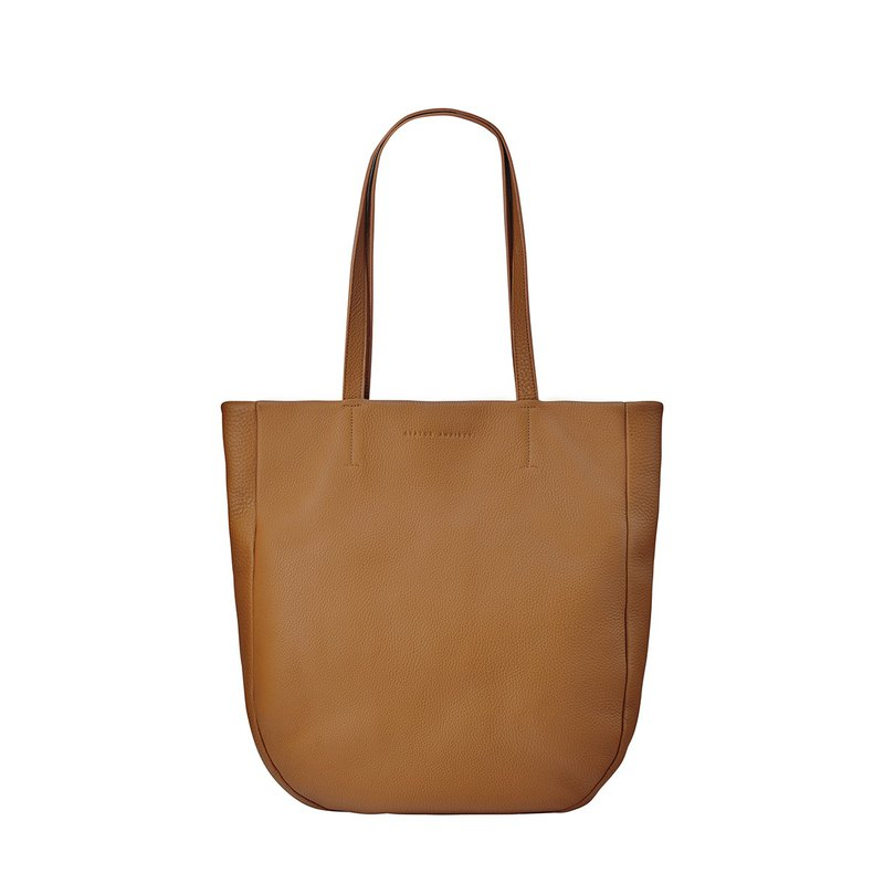 Appointed Shoulder Bag / Camel