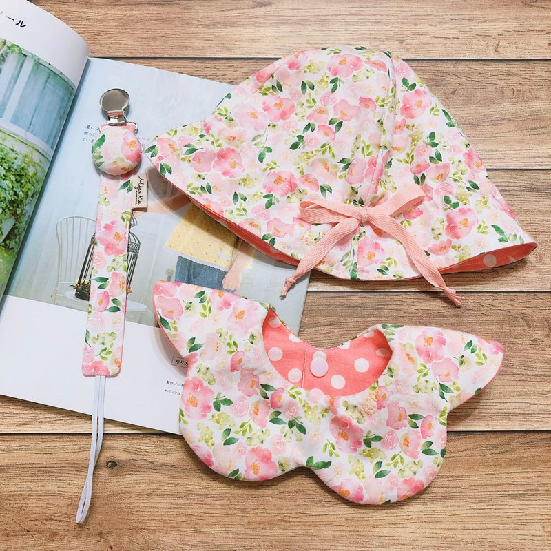 Japanese cute sun hat / six-layer yarn / baby bib / flower bib / pacifier clip full moon gift month gift box