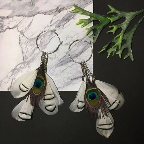 earrings: circle feather