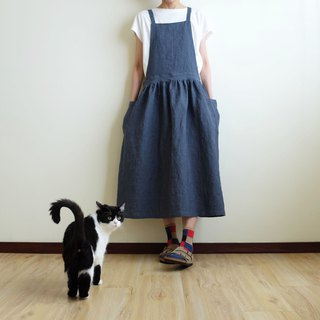 Everyday hand-made clothes live in the heart of a little girl smoked blue pinstripe straps apron linen special