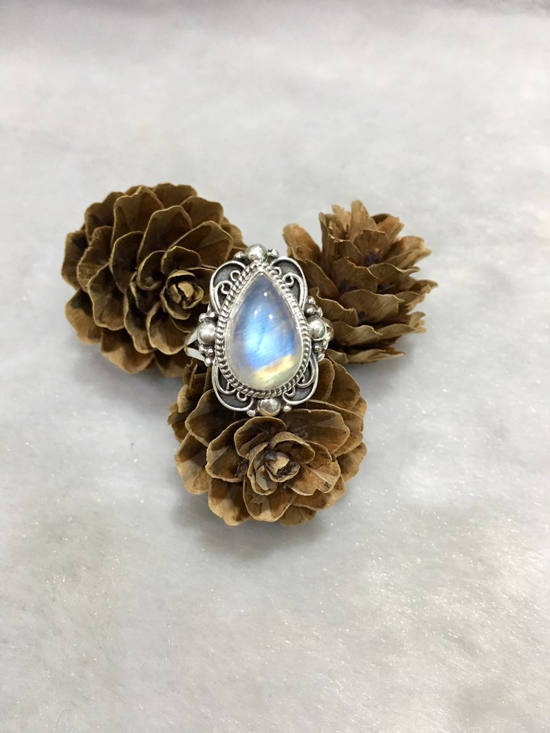 Moonstone Ring in butterfly design Handmade in Nepal 92.5% Silver