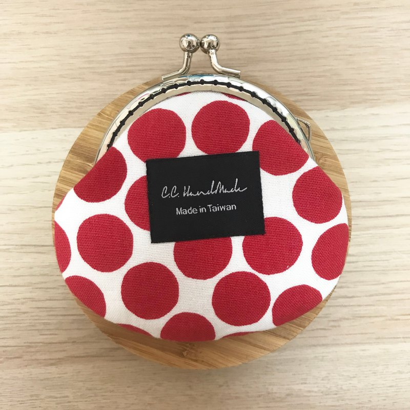 Nordic outlet gold mouth gold bag / purse - red dot