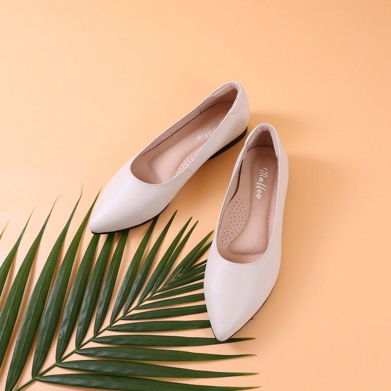 真皮尖頭低根鞋可客製服務  四色發售 米色