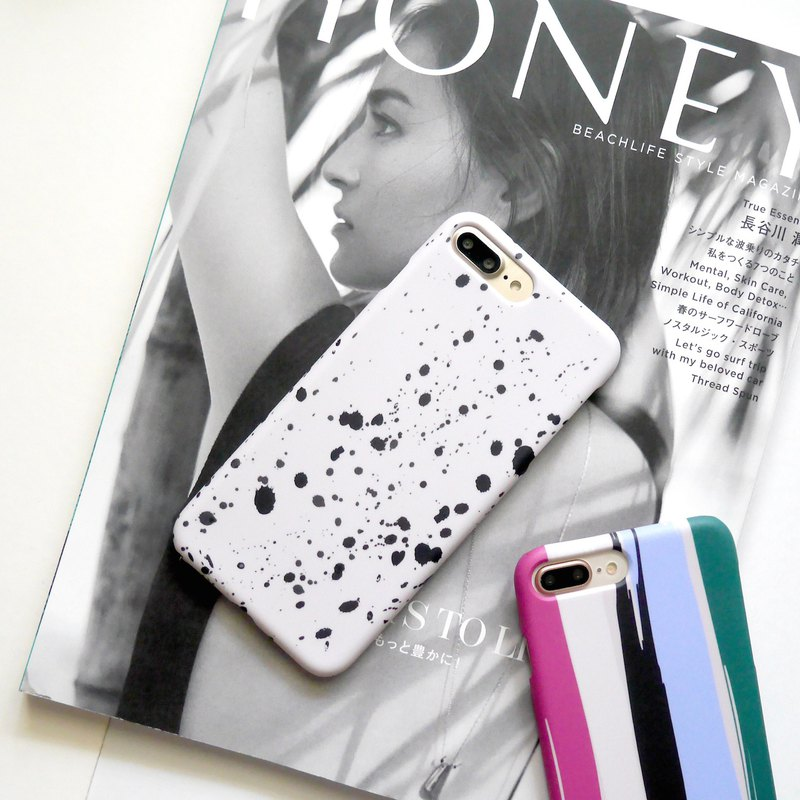 Khaki white black splash paint mobile phone shell