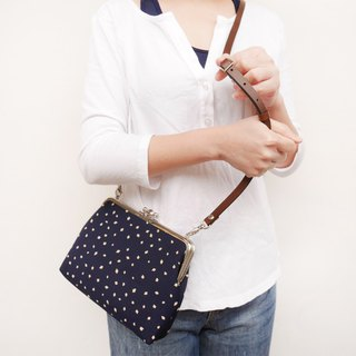 Coco cola two large shoulder bag / mobile phone bag / mouth gold bag [made in Taiwan]