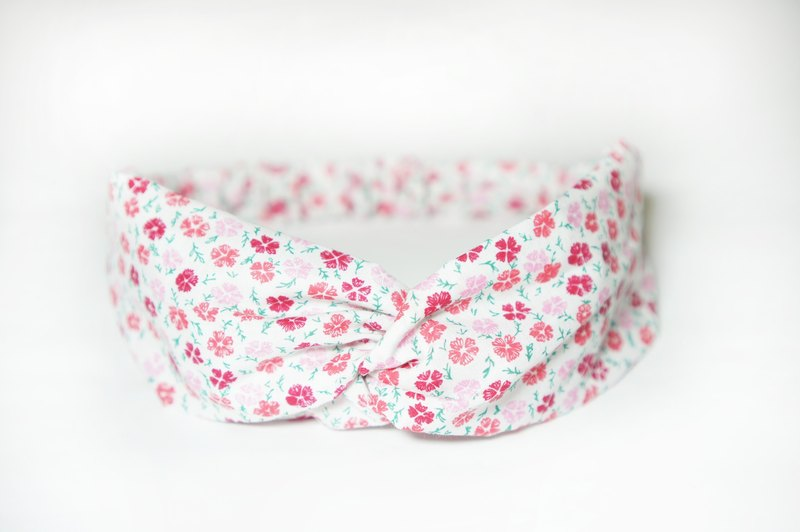 White cherry red flowers / hand loose hair band