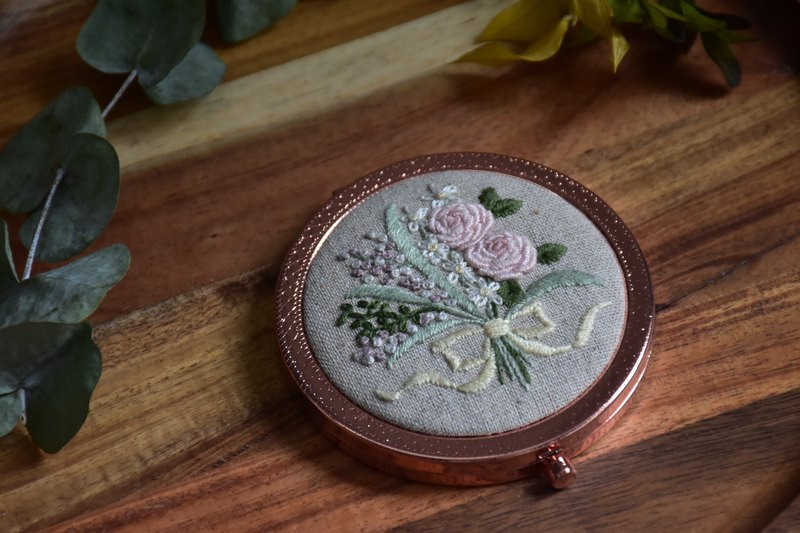 Embroidered small mirror pink rose