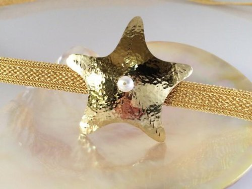 Starfish ☆ brass forged anviled pearl