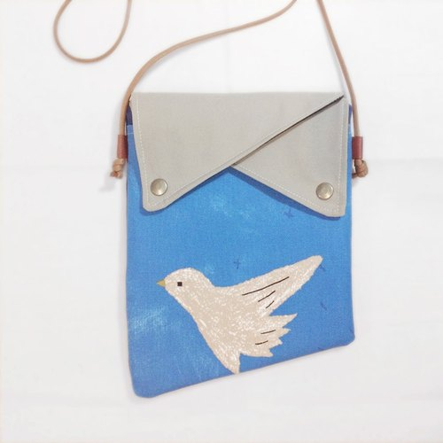 Two spaces oblique backpack - Blue Flying Bird