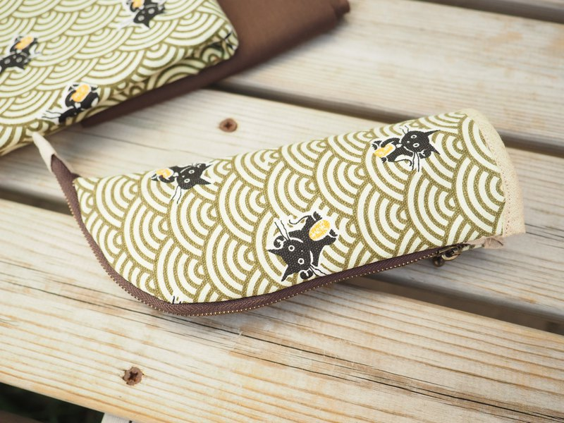 standing pencil utensil case eye glasses case Japanese Cat pattern from UK