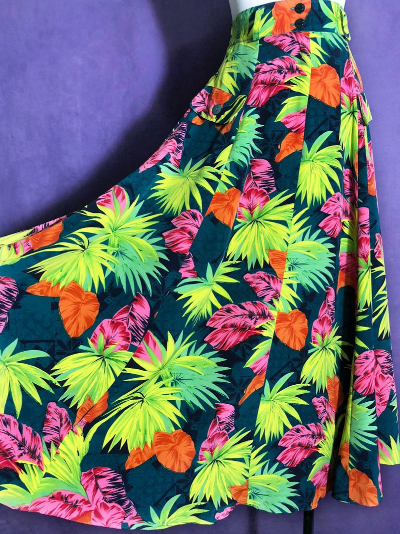 Tropical jungle dress with a skirt / abroad brought back VINTAGE
