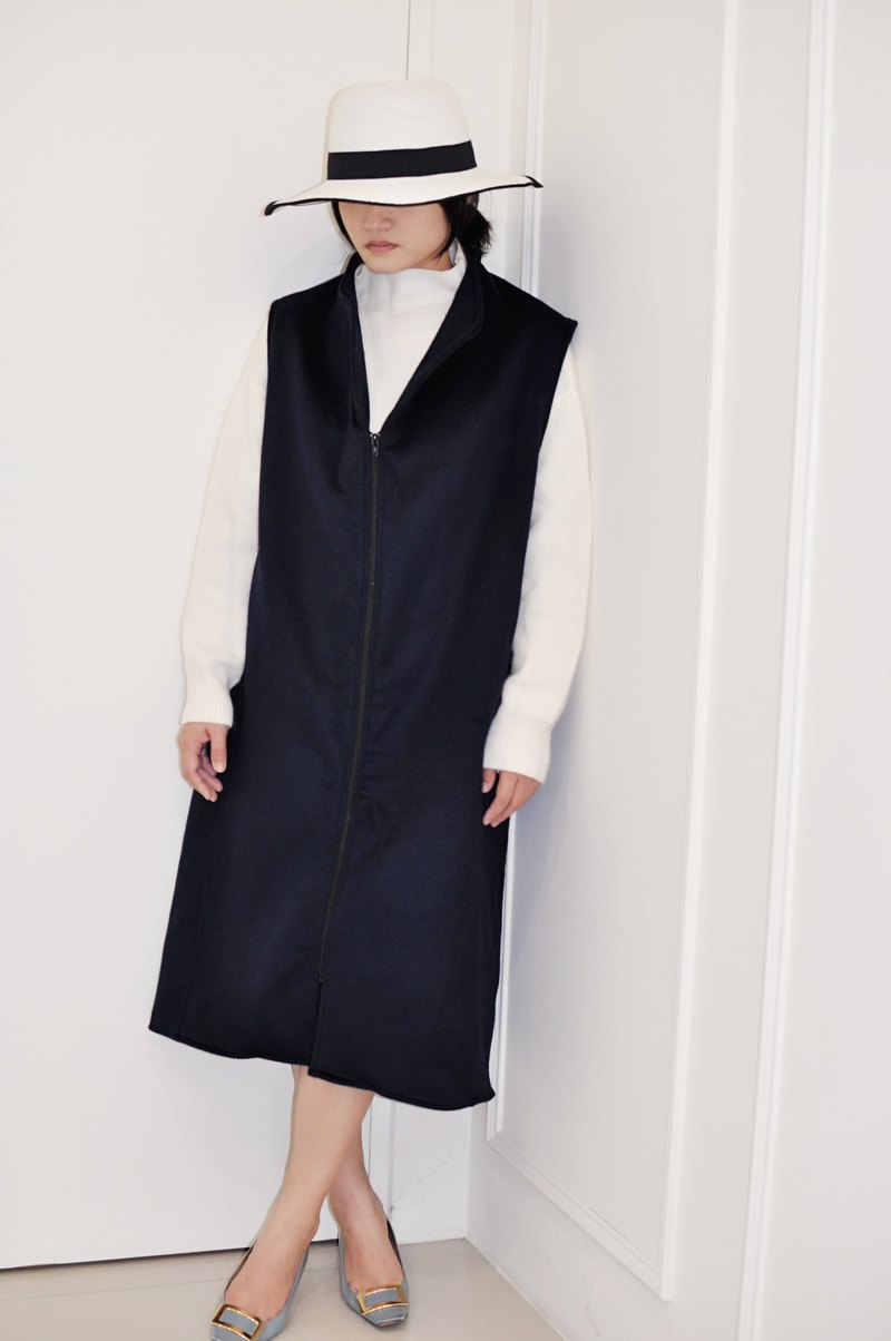 Flat 135 X Taiwanese designer British style double-faced cashmere fabric long version vest zipper version