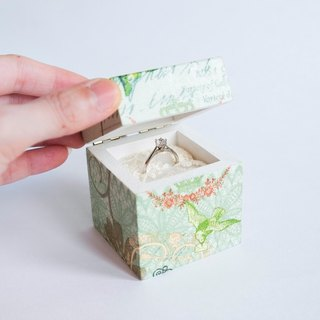 Custom made – Engagement/ Proposal Ring Box for 1 ring