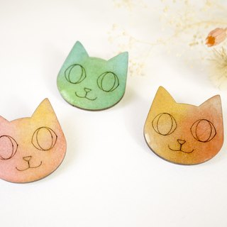 Star cat pin