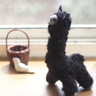 Black Alpaca 16cm high