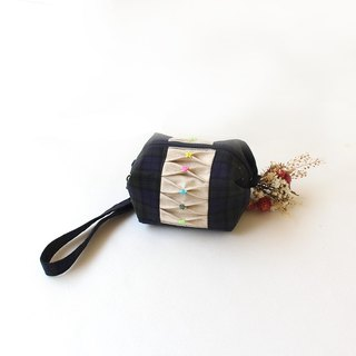 Plaid stitching cosmetic bag / storage bag