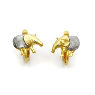 Tapir Earring (Gold) / Baku earrings (Gold) EA071GD
