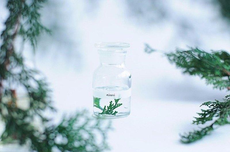 [扁柏100%精油香氣瓶的香氣輕鬆易聞]植物香精瓶