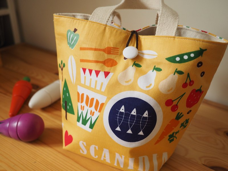Handmade yellow food pattern canvas hand bag