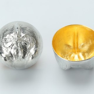 Gold foil zodiac shape cup (chicken)