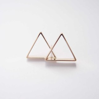 Two mountain metal brooches
