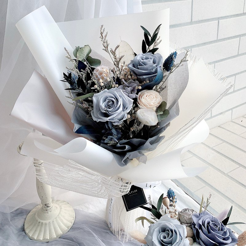 Smoke white gray blue tone immortal bouquet immortal bouquet / immortal potted flower / confession bouquet / valentine's day bouquet