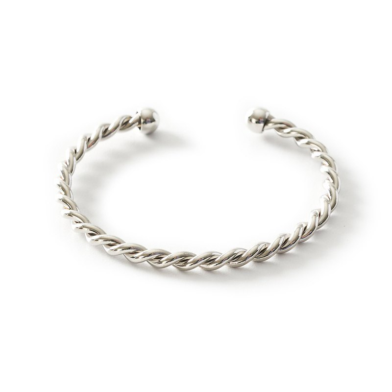 Daryn Twisted Silver Cuff