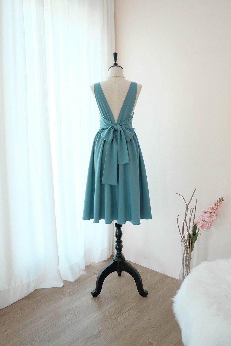 鄉村藍色禮服舞會禮服伴娘禮服雞尾酒露背中長
