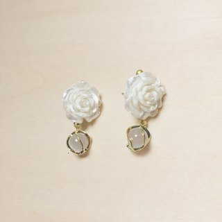 Vintage Shell Color Rose Opal Earrings