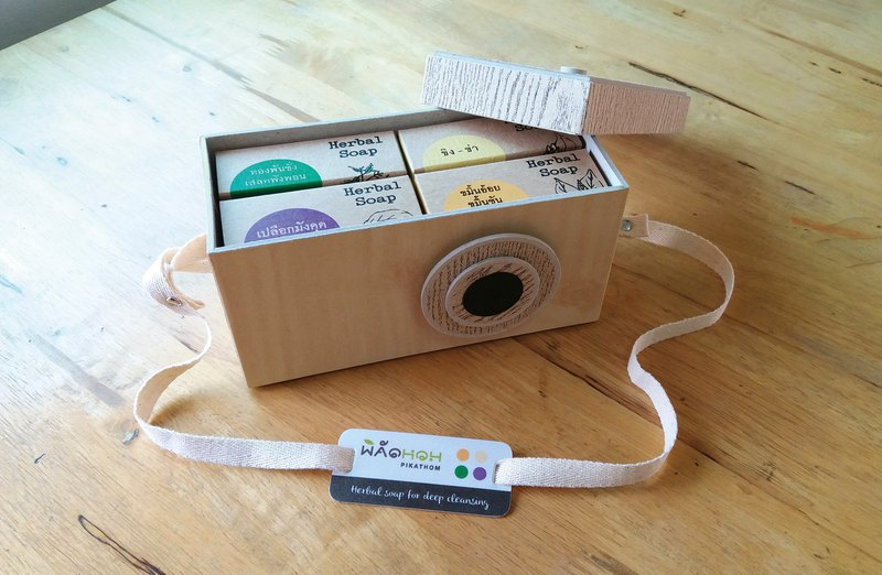 Gift Set Soap - Camera Box - Cream+Wood 1