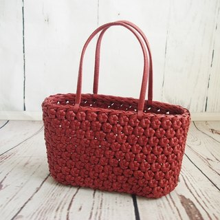 Flower knotted knitted craft bag / color: Oriental red