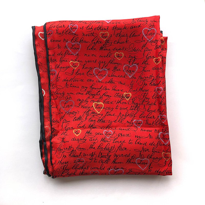 ALYNN Affectionate Red Scarf│Express Love with Scarves