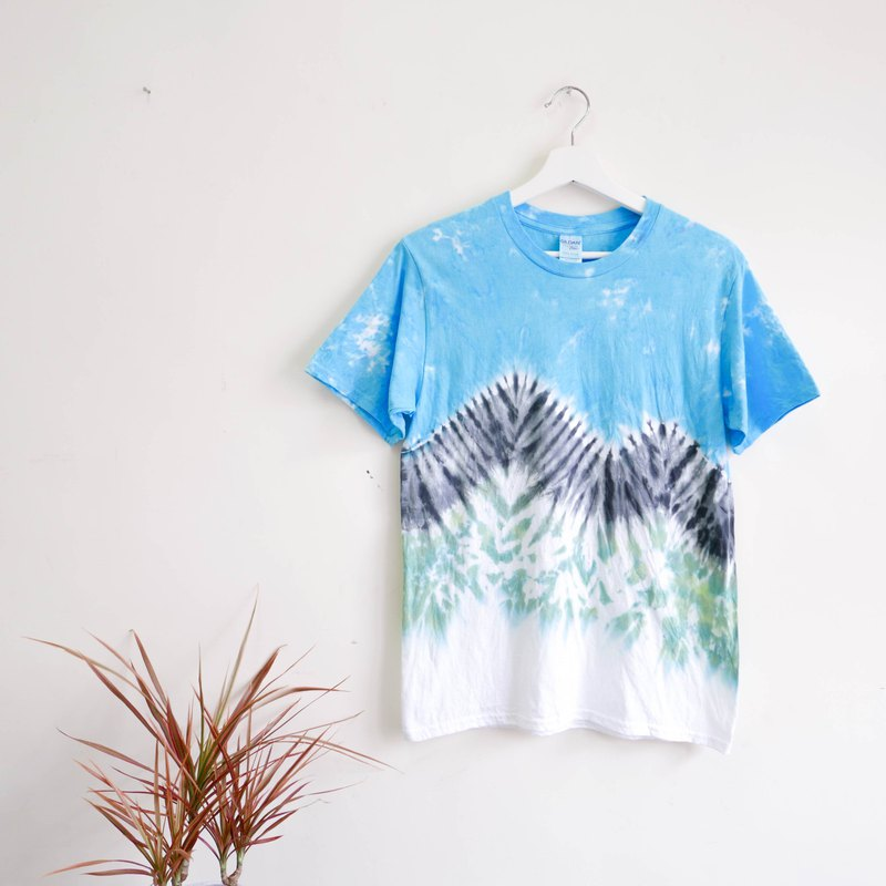 : Moon World: Tie dye/T-shirt/Garment/Custom size/Men/Women