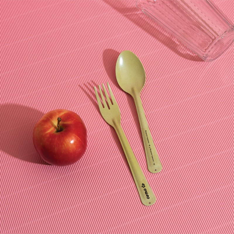 HIW.HIW Apple juice Spoon.fork
