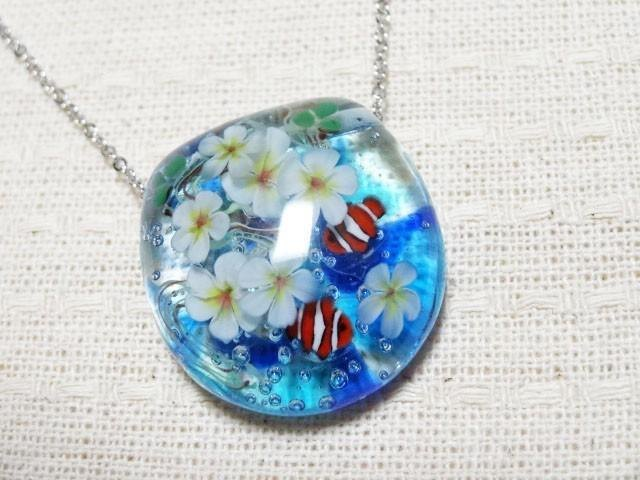 Dragonfly ball glass pendant frangipani and clownfish