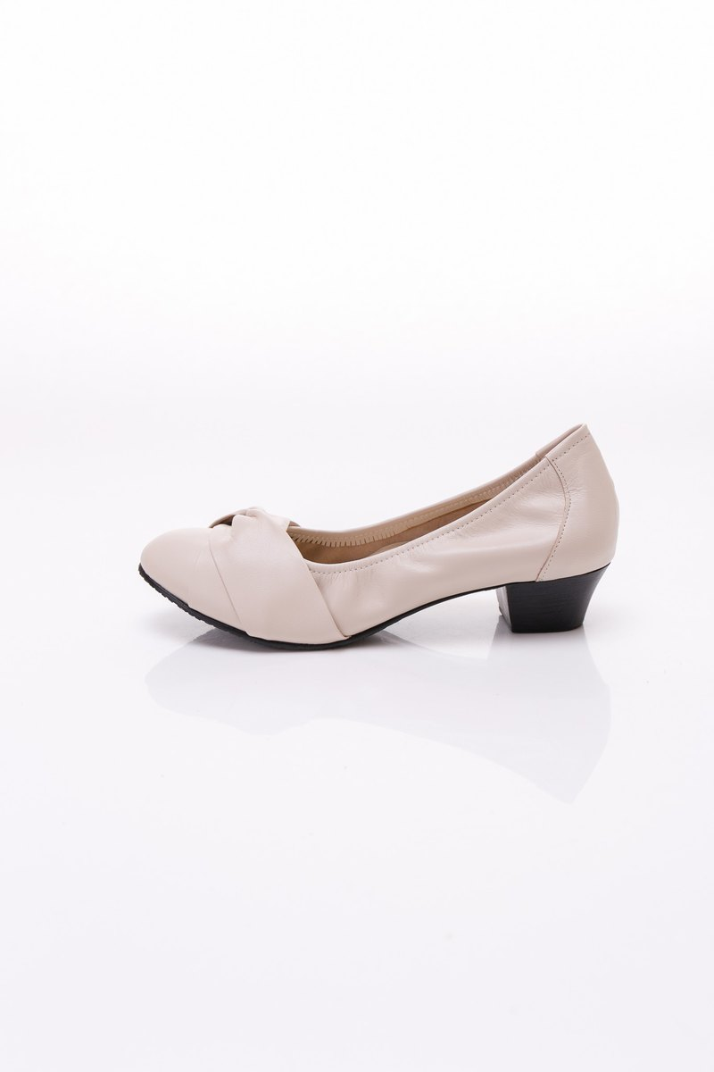 Large size women's shoes 41-44 Made in Taiwan soft sheepskin face cross low heel shoes 4cm beige