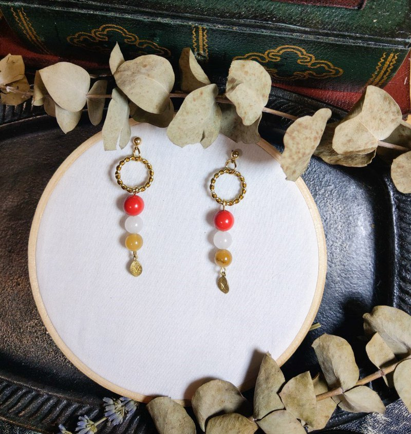 Winter Solstice-Tim Sui Earrings (Osmanthus Stuffed Red and White Dumplings)