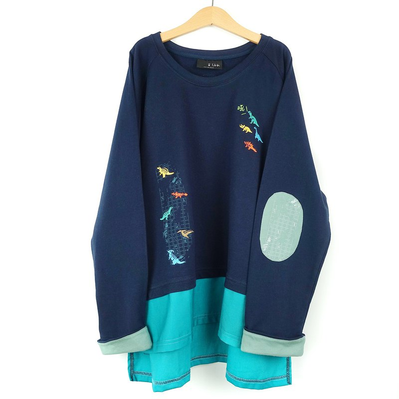Dinosaur Eraser / Long-Sleeve Paneled Short Top / Dark Blue