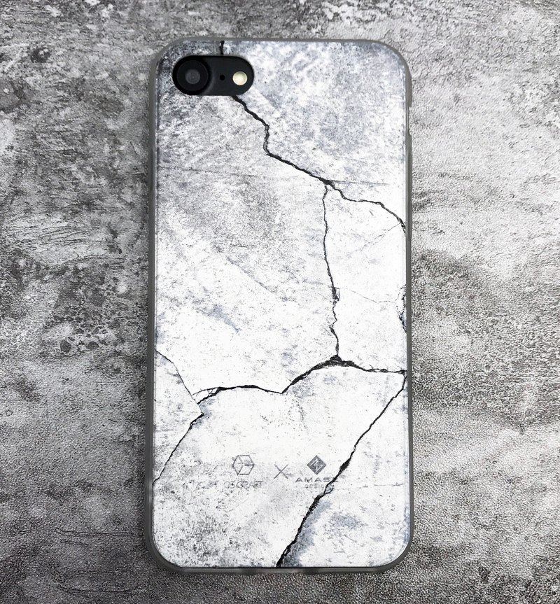 Crack Concrete Smartphone Case (iPhone)