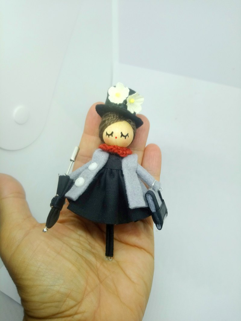 Mary Poppins brooch doll