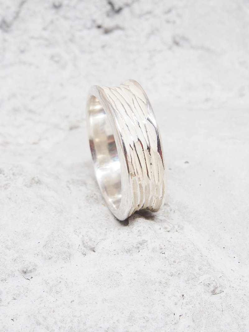 Nature Series - white zebra pattern ring (simple style). ShabonLee 925 sterling