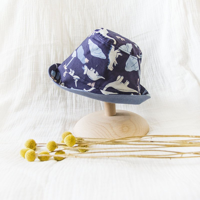 My little star 侏㑩纪 hand made double-sided organic cotton fisherman hat
