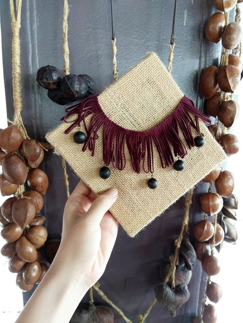 <Autumn red tassel> Hand made fruit necklace