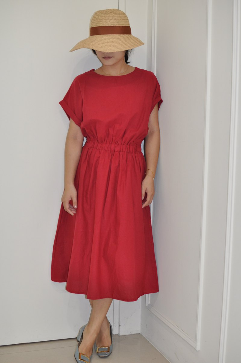 Flat 135 X Taiwan designer series short-sleeved dress cotton and linen red fabric breathable comfort
