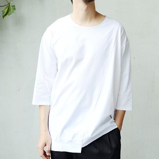 3/4 Sleeve Loose-fit T-shirt with Asymmetric Front Drop Shoulder Design
