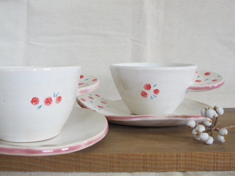 Rose handle cup set