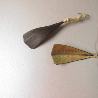 No.18 Flame wood natural handmade earrings