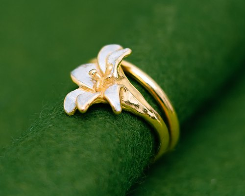 Classic Lily Flower ring - Free size - Gold and silver ring - Adjustable size