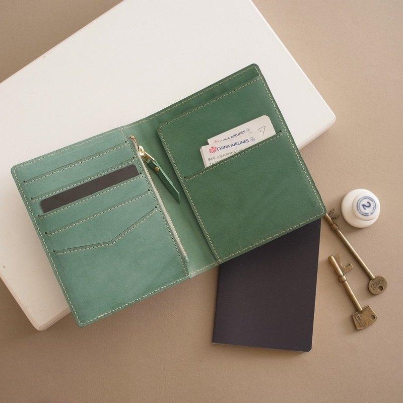 RENEE 旅行護照夾 植物鞣雕刻皮/植鞣皮/植鞣革 湖水綠