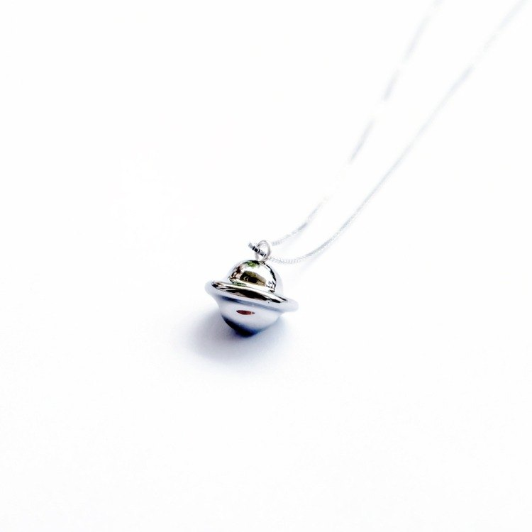N IS FOR NEVERLAND -parallel world- silvery ceramic planet silver necklace